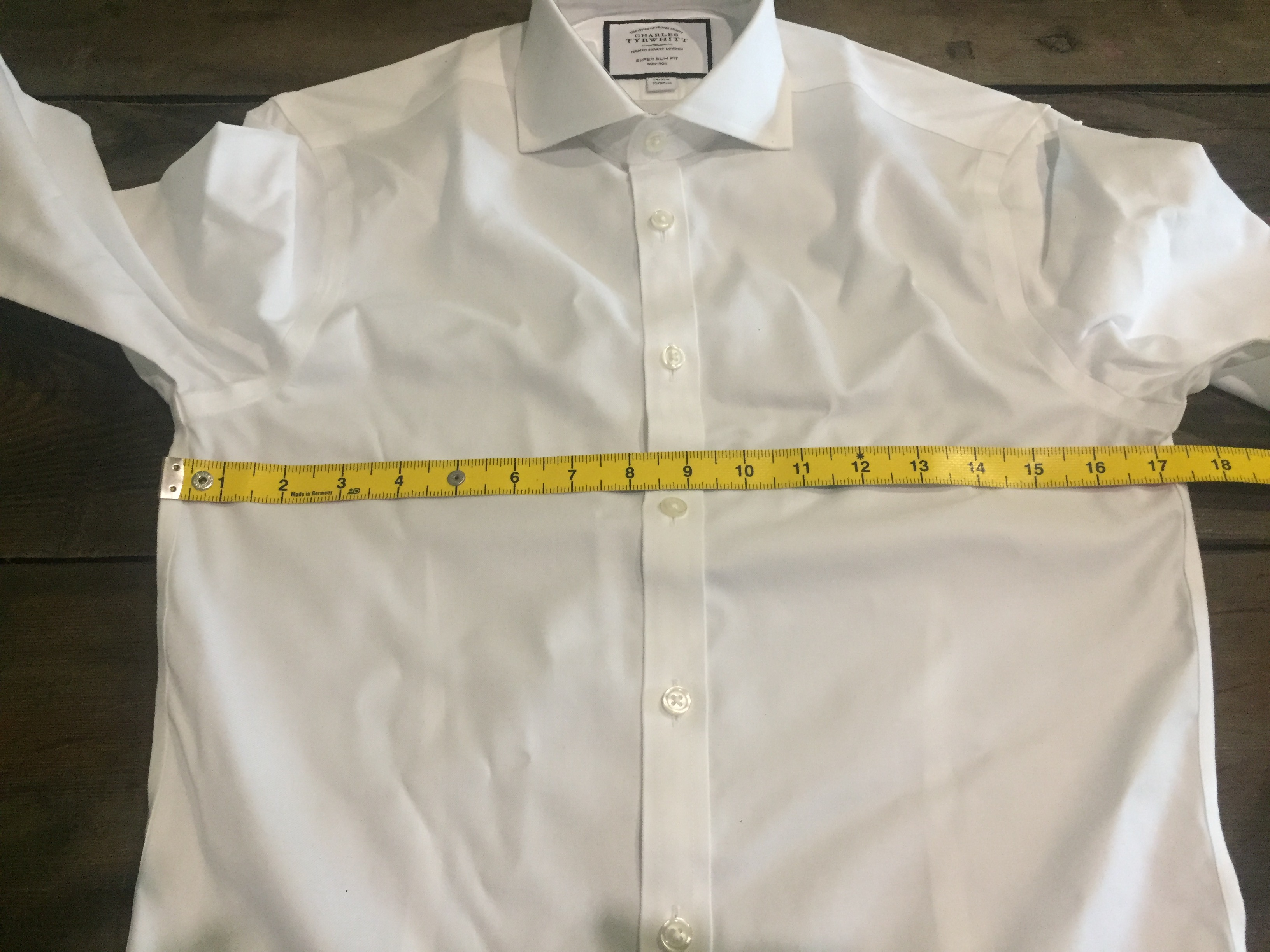 Charles Tyrwhitt Super Slim Fit 14 inch collar